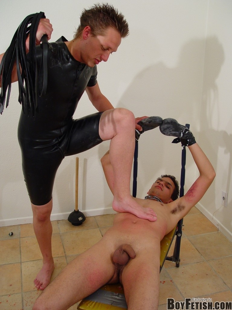 twinks-bondage-bdsm-gay-porn-fetish-012