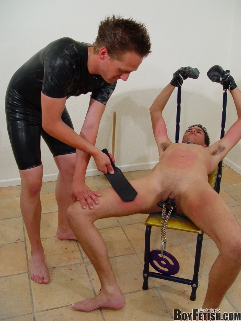 twinks-bondage-bdsm-gay-porn-fetish-02